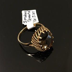 Jewelry - 10K smoky quartz basket ring.  Size 7.25.